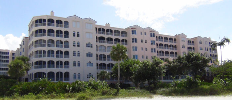 Royal Marco Point Marco House Condos